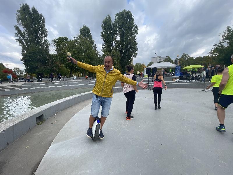 Na kolesach proti rakovine. Zbierka na podporu nadacie Vyskum rakoviny. 18. september 2021 Bratislava