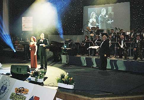 S Evou-Máriou Uhríkovou, počas koncertu Nájdi svoju nádej v Istropolise.