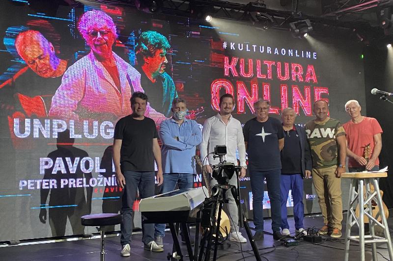 Predstavenie novej skladby Pala Hammela za učasti autora Kamila Peteraja. - Srdce bez anjela..9.maj 2020 Bratislava