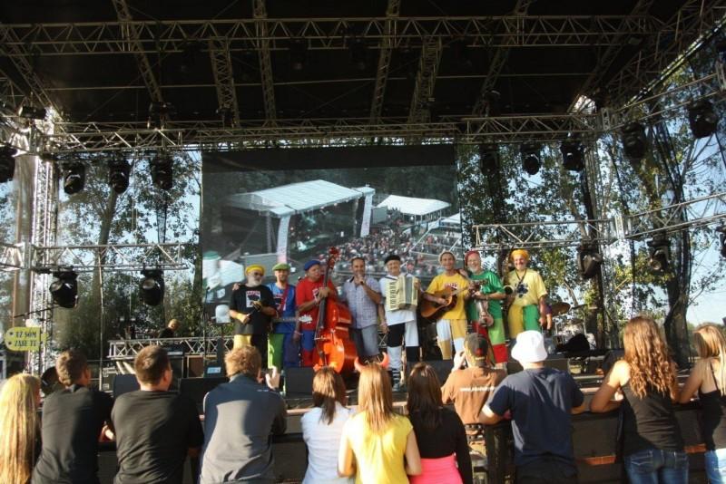 47. ročník festivalu Červeník. Skupina Lojzo. 10. Augusta, 2012. Červeník.