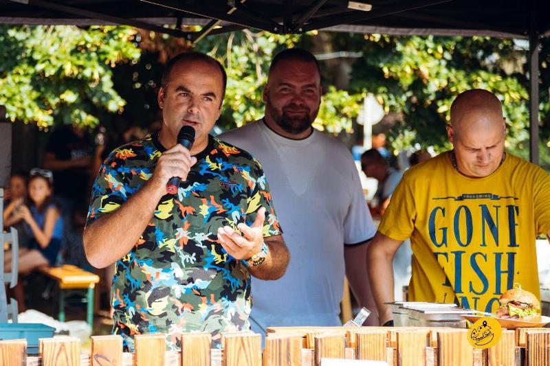 Food Fest na Radničnom namesti v Pezinku. 1.september 2019