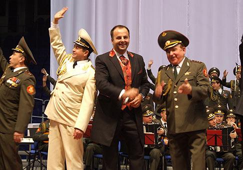 Atmosféra na všetkých piatich koncertoch Alexandrovcov bola fantastická. 18.12.2007.