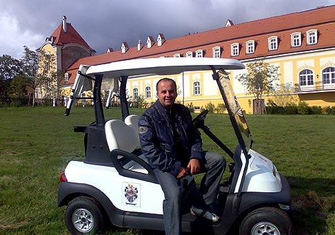 Akciu spoločnosti ING som moderoval v nových nádherných priestoroch v obci Belá pri Štúrove, ktoré sú k dispozícii od 1.júna 2008 - www.chateau-bela.com 25.9.2008