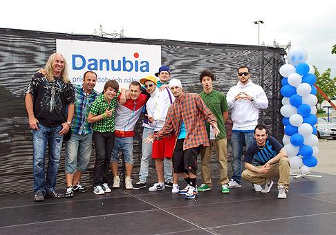 Oslava 11. narodenín OC Danubia v Petržalke. V programe vystúpili The Pastels, Martin Harich a Marian Greksa. Bratislava, 18.6.2011.