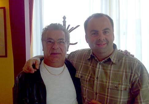V Bratislave na Pasienkoch zažiarili Gipsy Kings. Mal som tú česť poraňajkovať s Tonym :-) 25.4.2008