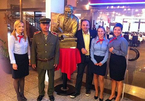 Degustačný večer v hoteli Holliday Inn v štýle Retro. 28.9.2011, Bratislava.