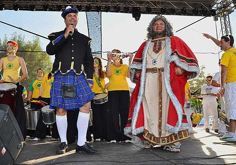 Kráľ seneckého karnevalu slávnostine otvoril najväčší karneval na Slovensku. 25.6.2011, Senec.