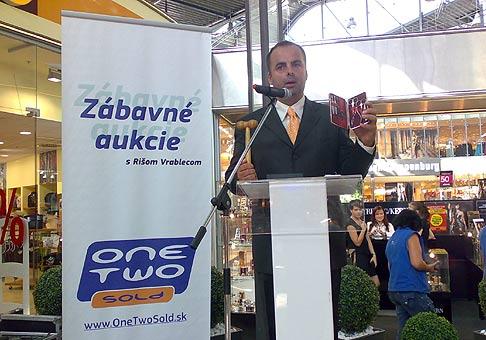 Zábavné Moto-aukcie v Avion Shoping Park. 7.9.2008.