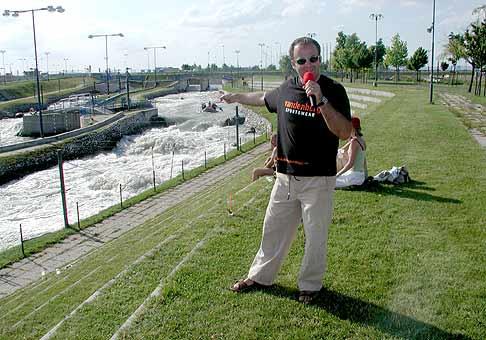 Skvelá akcia spoločnosti Nubium v Čuňove. Vodne skútre, kone, rafty a mnoho ďaľšieho... 26.6.2004