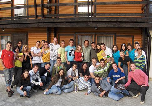 Športové hry spoločnosti Our group v Brezovej pod Bradlom. 5.6.2009.