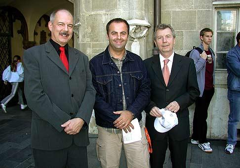 Pán Peter Čiernik, starosta mestskej časti Bratislava - Staré mesto a Ľubo Roman, predseda Bratislavského samosprávneho kraja.