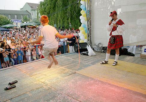 Aj na hlavnom pódiu počas Seneckého karnevalu to vrelo.