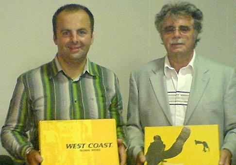 Prvé klientské stretnutie spoločnosti Family shoes v Piešťanoch. Hosťom večra bol Pavol Hamel.