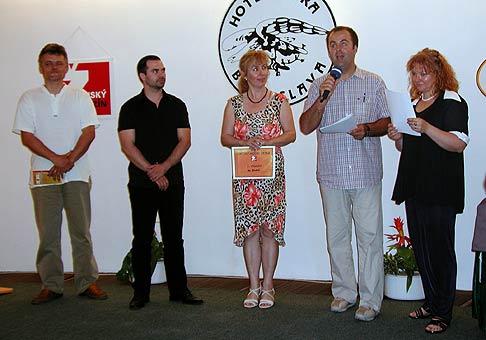 Vyhlásenie výsledkov súťaže Detský model Žetka 2004.